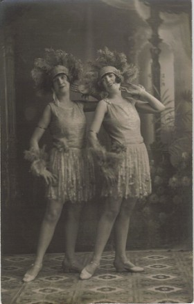 1920's Chorus Girls by Vintage Lulu