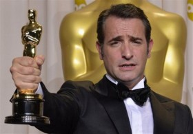 jean-dujardin-with-his-oscar-best-actor